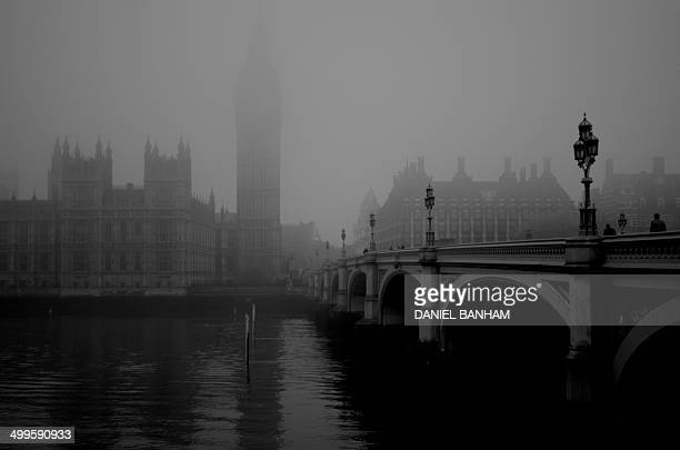 Wesminster Bridge & Palace in the Fog