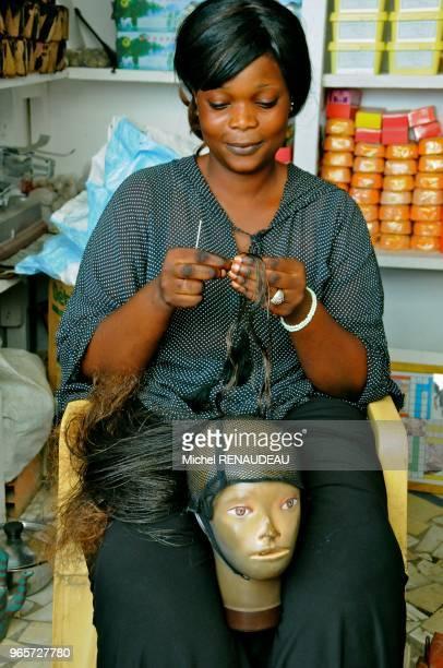 West Africa Senegal Sine Saloum Market Kaolack Afrique de l'Ouest Senegal Sine Saloum Le marche de Kaolack fabrication de perruque