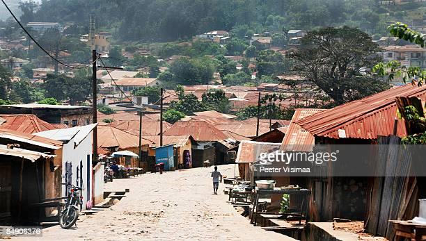 west african town. - togo fotografías e imágenes de stock
