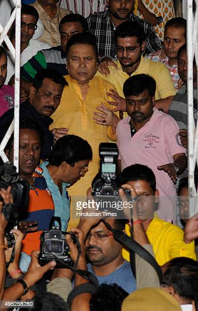 West Bengal Sports and Transport Minister and TMC leader Madan Mitra was finally discharged from SSKM hospital, after he got bail from Alipore Court...
