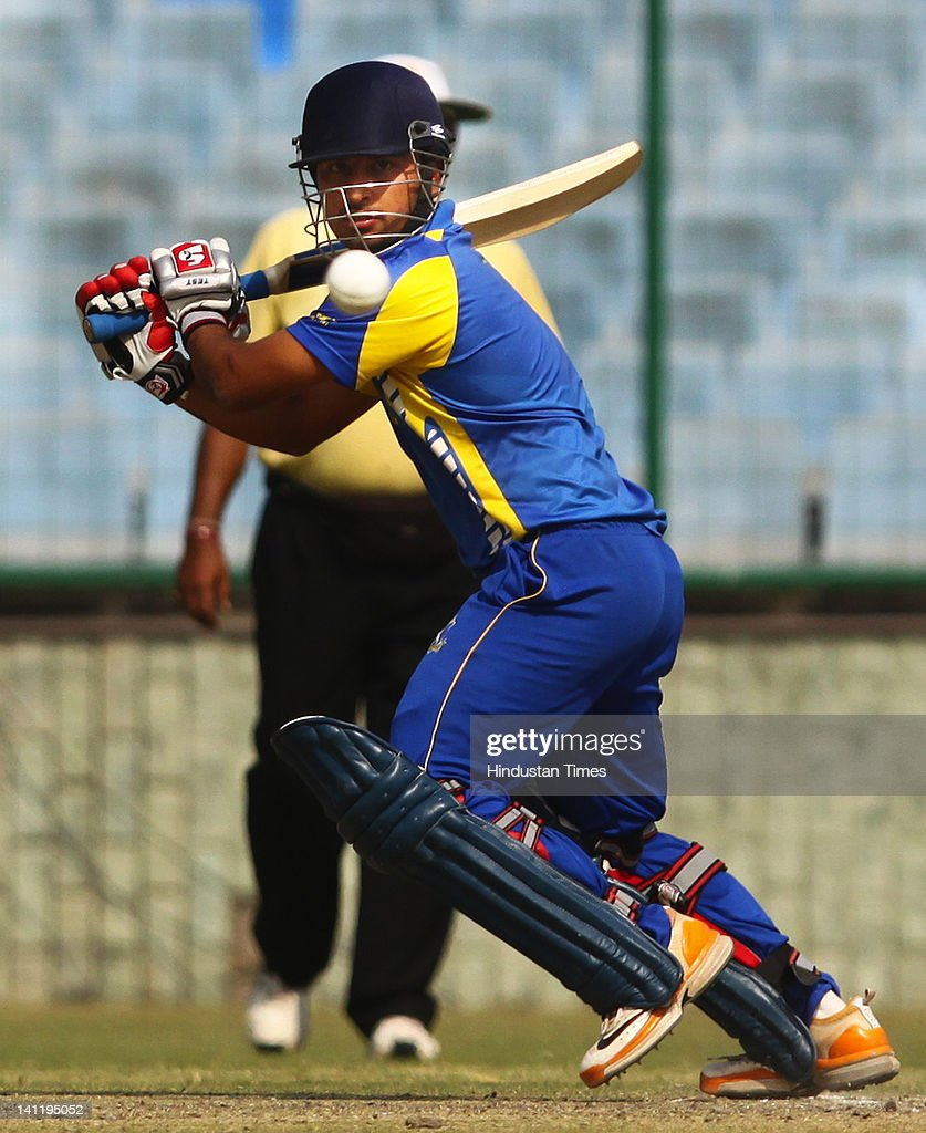 West Bengal's Shreevats Pratyush Goswami playing a shot during the Vijay Hazare Trophy final played between Mumbai and West Bengal at Ferozshah Kotla on March 12, 2012 in New Delhi, India. After restricting Mumbai team to 248 all out, West Bengal made short of the score with 23 balls to spare and six wickets in hands.