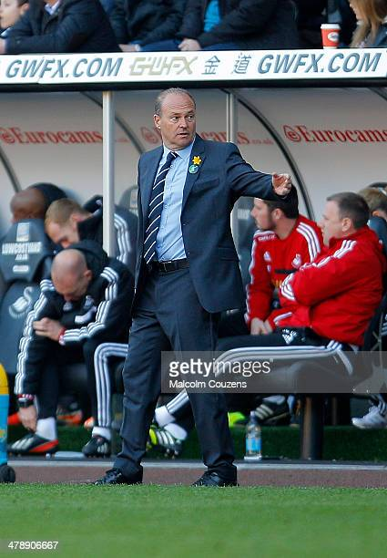 West Bromwich Albion manager Pepe Mel looks on during the Barclays Premier League match between Swansea City and West Bromwich Albion at The Liberty...