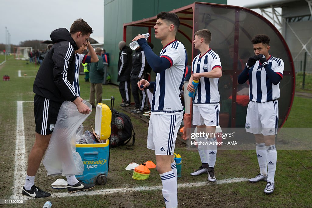 West Bromwich Albion U18 players have a drink before the U18 Premier League match between Manchester United and West Bromwich Albion at Aon Training Complex on February 20, 2016 in Manchester, England.