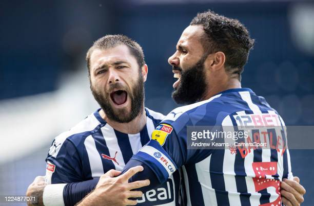 West Bromwich Albion's Charlie Austin celebrates scoring his side's first goal with team mate Kyle Bartley during the Sky Bet Championship match...