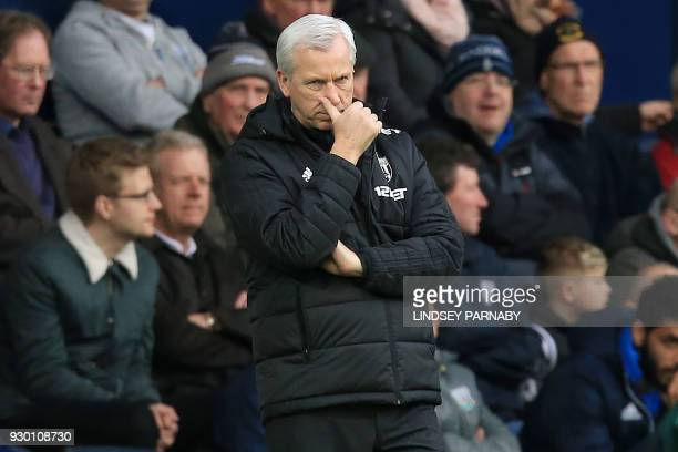 West Bromwich Albion's English head coach Alan Pardew reacts during the English Premier League football match between West Bromwich Albion and...