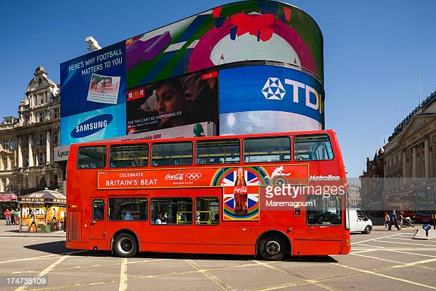 West End, Piccadilly Circus, typical bus