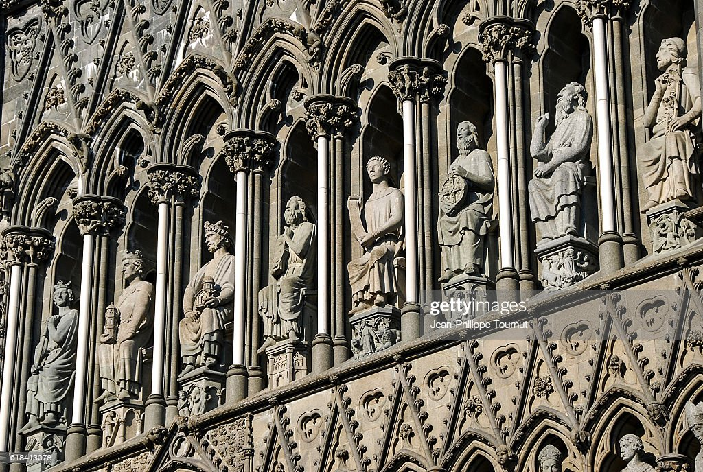West front facade of Nidaros Cathedral in Trondheim, Norway, Scandinavia : Stock-Foto