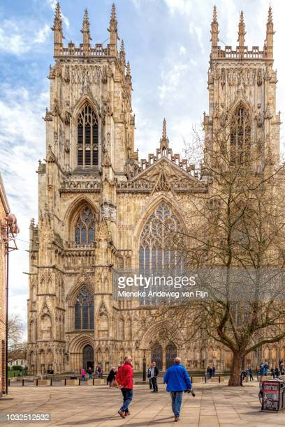 west front of york minster, york, yorkshire, england, united kingdom. - york minster stock pictures, royalty-free photos & images