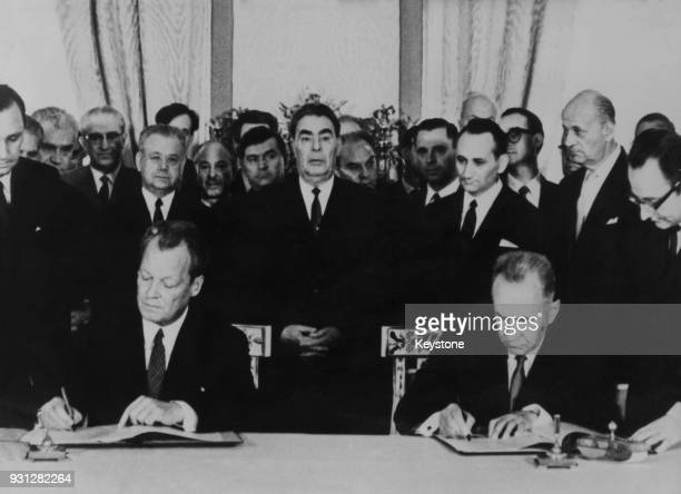 West German Chancellor Willy Brandt and Soviet leader Alexei Kosygin sign a GermanSoviet NonAggression Treaty at the Kremlin in Moscow Russia 17th...