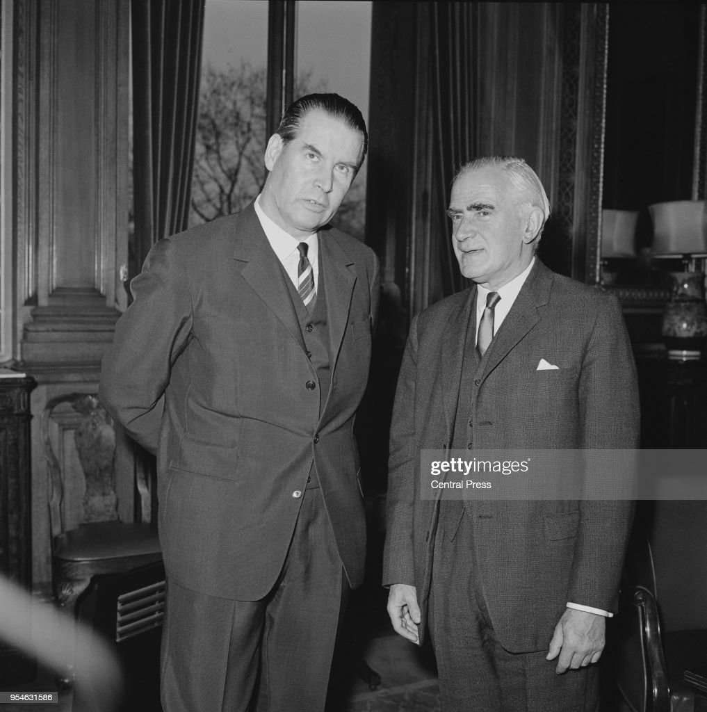 West German Foreign Minister Gerhard Schröder (1910 - 1989, left) meets British Foreign Secretary Michael Stewart (1906 - 1990) for talks at the Foreign Office in Whitehall during a visit to London, 19th November 1965.