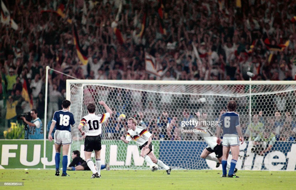 1990 FIFA World Cup Final West Germany v Argentina : News Photo