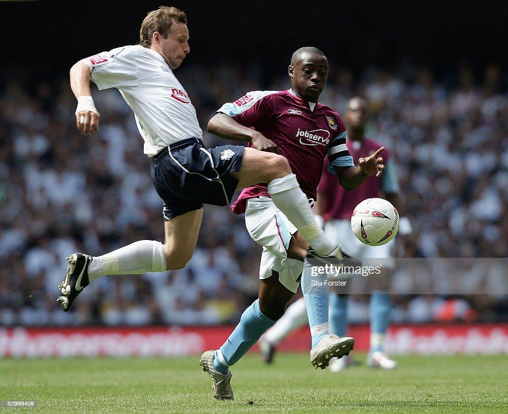 West Ham United v Preston North End : News Photo