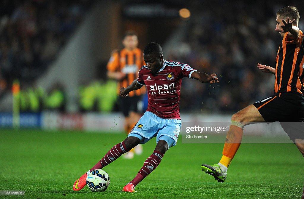 Hull City v West Ham United - Premier League : News Photo
