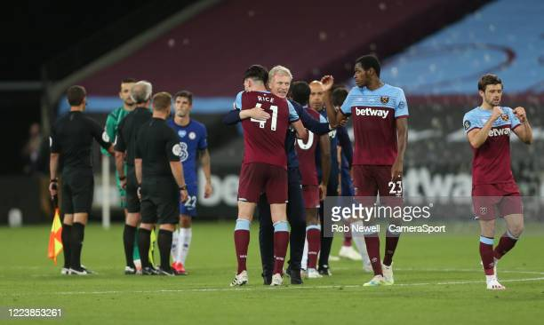 West Ham United manager David Moyes celebrates with Declan Rice at the end of the game during the Premier League match between West Ham United and...