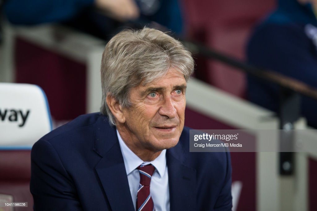 West Ham United v Macclesfield Town - Carabao Cup Third Round : News Photo