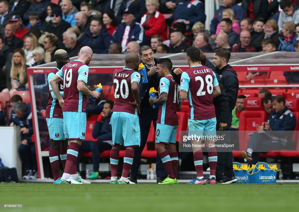 West Ham United manager Slaven Bilic gives instructions to his players during the Premier League match between Stoke City and West Ham United at Bet365 Stadium on April 29, 2017 in Stoke on Trent, England.