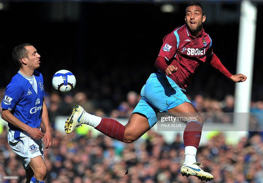 West Ham United's Egyptian forward Mido : News Photo