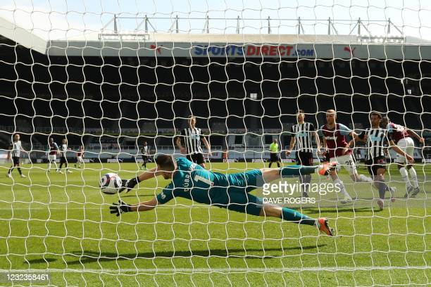 West Ham United's French defender Issa Diop shoots and scores a goal during the English Premier League football match between Newcastle United and...