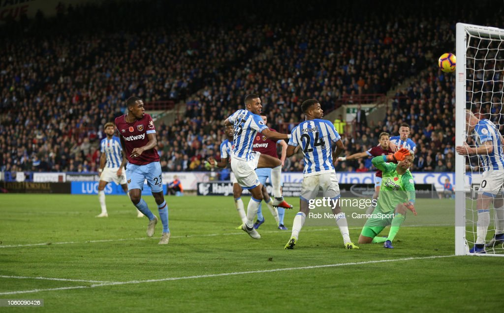Huddersfield Town v West Ham United - Premier League : News Photo
