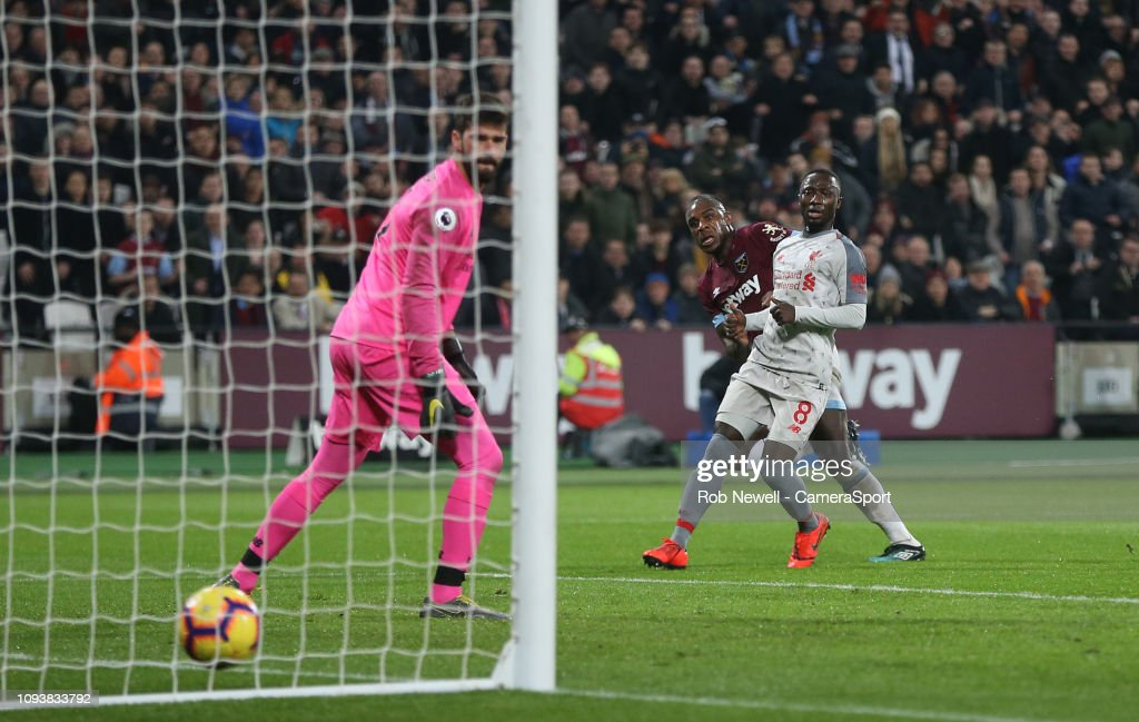 West Ham United v Liverpool FC - Premier League : News Photo