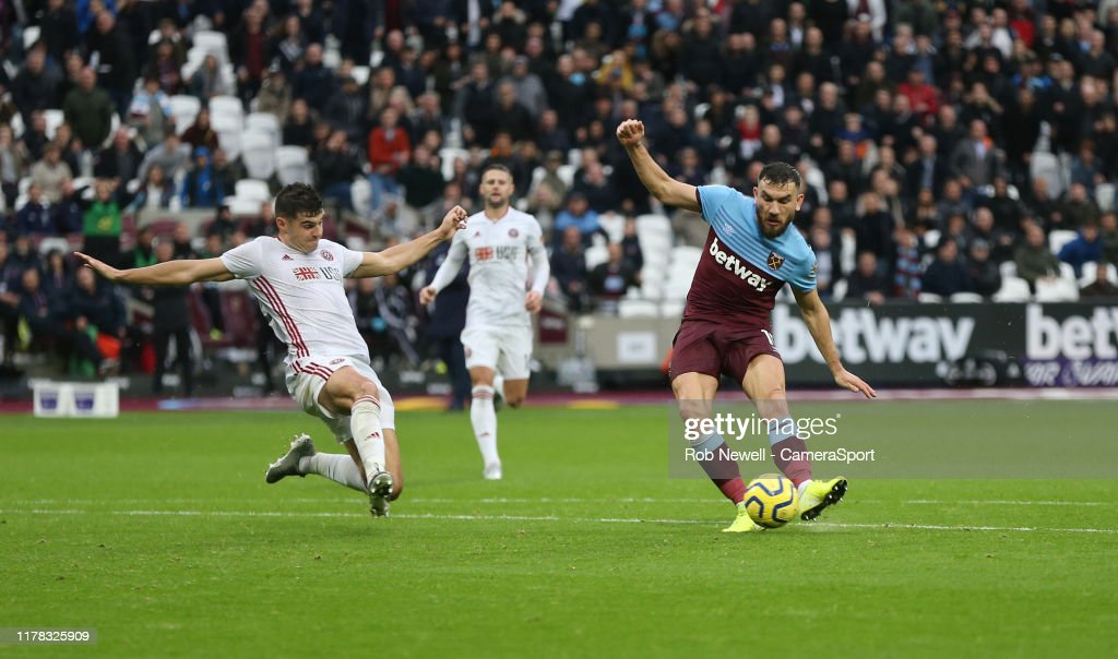 West Ham United v Sheffield United - Premier League : News Photo
