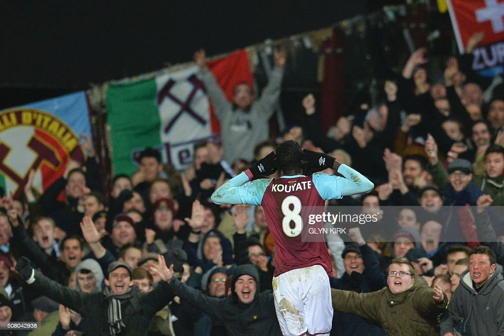 FBL-ENG-PR-WEST HAM-ASTON VILLA : News Photo