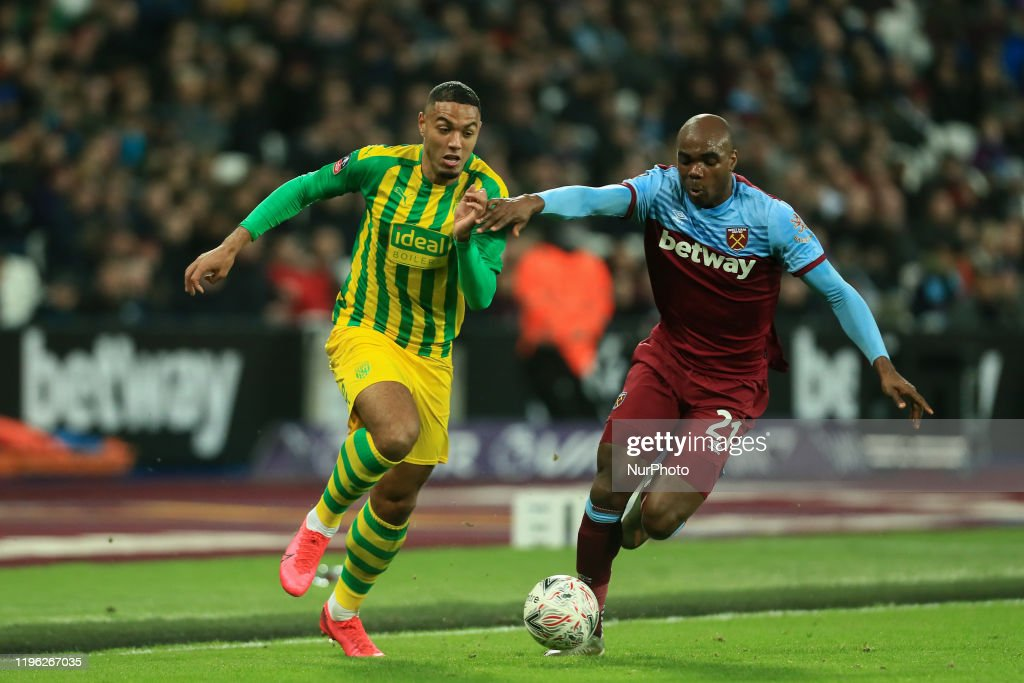 West Ham United v West Bromwich Albion - FA Cup Fourth Round : News Photo