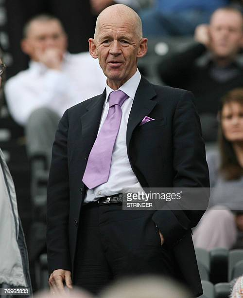 West Ham's Eggert Magnusson watches as his team play against Newcastle in Newcastle 23 September 2007 AFP PHOTO Lindsey Parnaby Mobile and website...