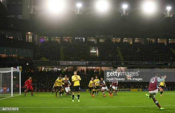 West Ham's Manuel Lanzini takes a free kick during the Premier League match at Vicarage Road Watford