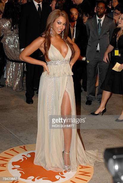 Actress and singer Beyonce arrives at the Vanity Fair Dinner And After Party at Mortons celebrating the 79th Academy Awards 25 February 2007 in West...