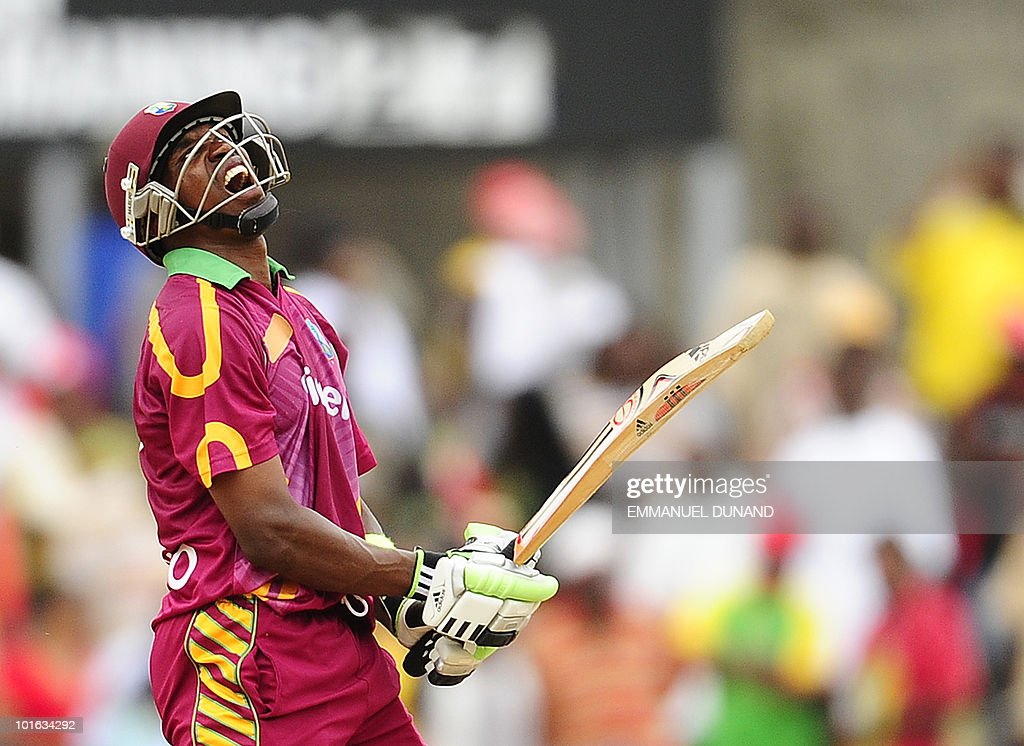 West Indies batsman Dwayne Bravo reacts during the third ODI between the West Indies and South Africa on May 28, 2010 at Windsor Park in Roseau, Dominica. South Africa won by 67 runs to win the five match series with a lead of 3-0 and two matches to go. AFP PHOTO/Emmanuel Dunand
