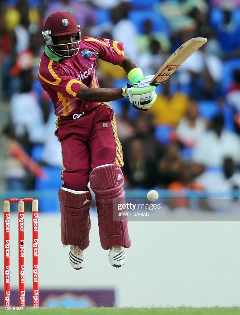West Indies cricketer Dwayne Bravo plays a shot during the second One Day International match between West Indies and South Africa at the Sir Vivian Richards Stadium in St John's on May 24, 2010. Batting first, South Africa scored 300-runs at the end of their innings. AFP PHOTO/Jewel Samad
