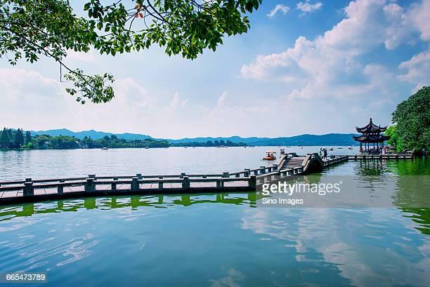 west lakeof hangzhou - west lake hangzhou stock pictures, royalty-free photos & images