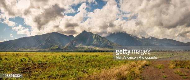 west maui mountains with wailuku below panoramic - high dynamic range imaging stock pictures, royalty-free photos & images