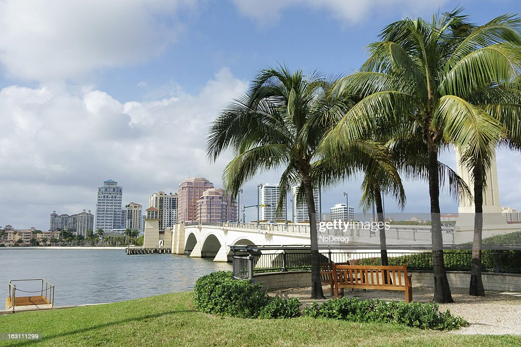 West Palm Beach cityscape viewed across Intracoastal Waterway : Stock Photo