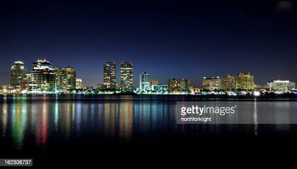 west palm beach, florida skyline - west palm beach stock pictures, royalty-free photos & images