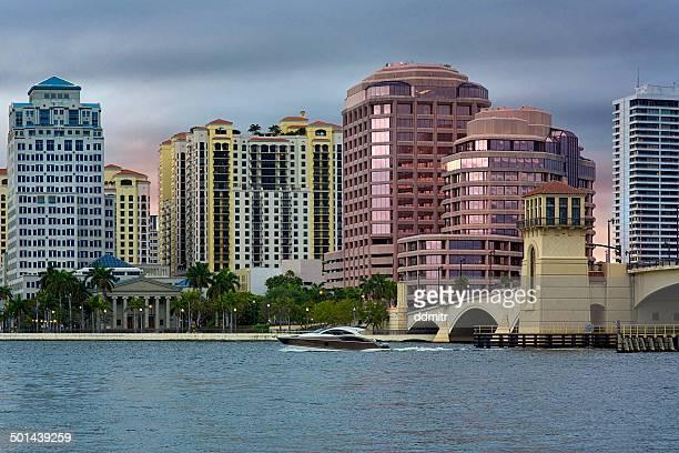 west palm beach skyline - ウェストパームビーチ ストックフォトと画像