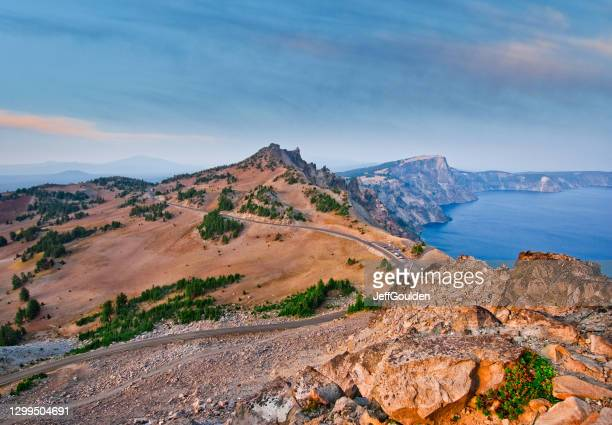 west rim drive, hillman peak and crater lake - jeff goulden stock pictures, royalty-free photos & images