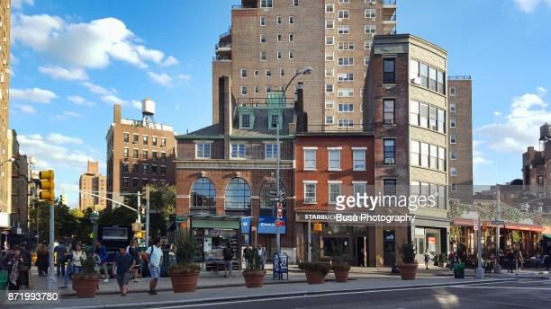 west village, corner of 7th avenue and grove street. manhattan, new york city - grove imagens e fotografias de stock