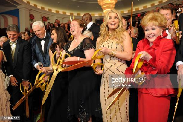 West Virginia Governor Joe Manchin owner and chairman of The Greenbrier Jim Justice Brooke Shields Kathy Justice singer Jessica Simpson and Debbie...
