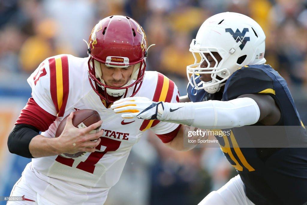 COLLEGE FOOTBALL: NOV 04 Iowa State at West Virginia : News Photo