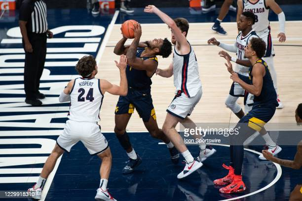 West Virginia Mountaineers forward Derek Culver takes the ball to the rim against Gonzaga Bulldogs forward Drew Timme during the men's Jimmy V...