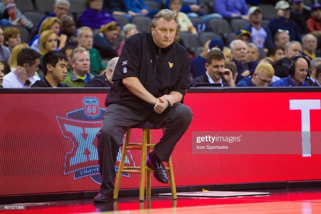 COLLEGE BASKETBALL: MAR 09 Big 12 Championship - West Virginia v Texas : News Photo