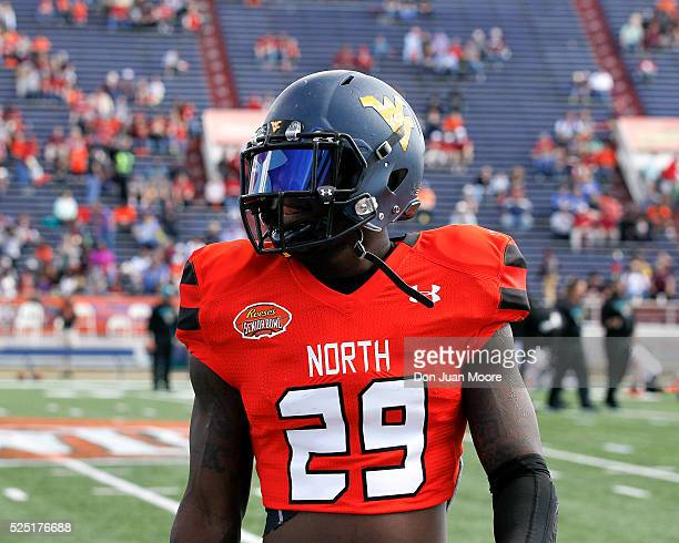 West Virginia Safety KJ Dillon of the North Team during the 2016 Resse's Senior Bowl at LaddPeebles Stadium on January 30 2016 in Mobile Alabama The...
