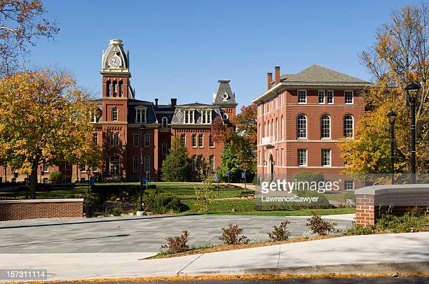 west virginia university main campus entrance - protohistory_of_west_virginia stock pictures, royalty-free photos & images