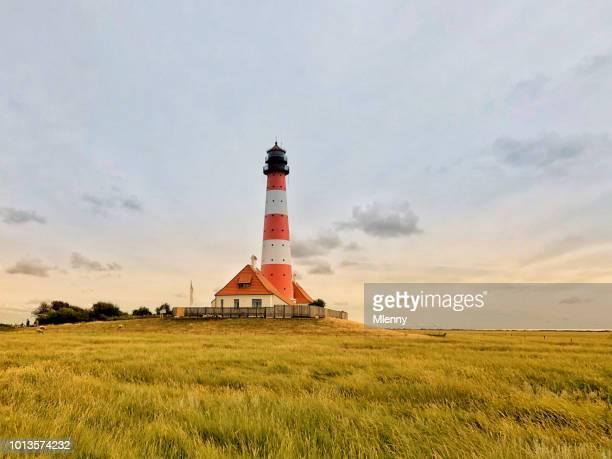 leuchtturm westerheversand nordfriesland deutschland - schleswig holstein stock-fotos und bilder