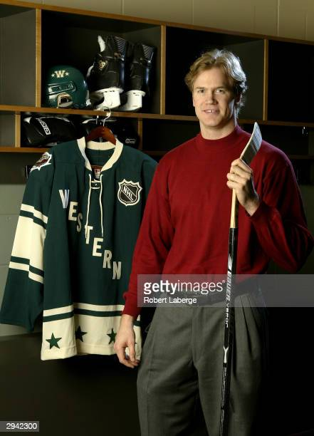 Western Conference All Star Chris Pronger of the St Louis Blues poses during the NHL AllStar portrait session on February 7 2004 at the Xcel Energy...