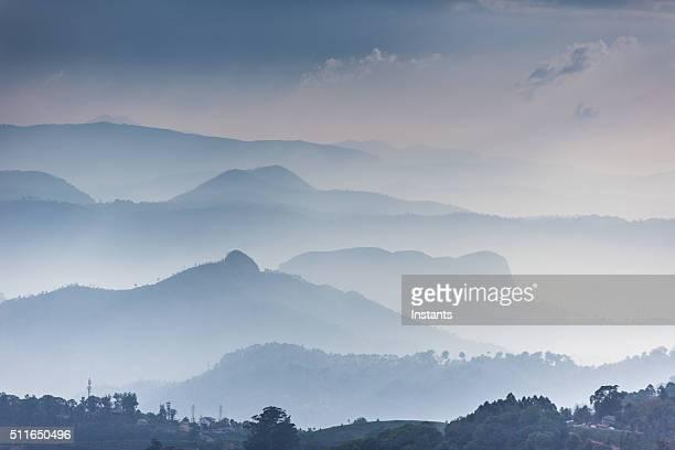 western ghats - paisajes de india fotografías e imágenes de stock