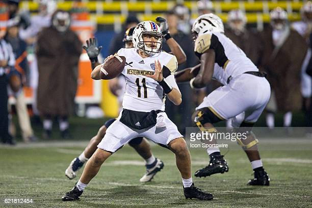 Western Michigan Broncos QB Zach Terrell looks to pass during the fourth quarter of the NCAA Football game between the Western Michigan Broncos and...