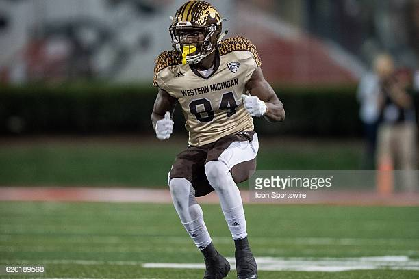 Western Michigan Broncos wide receiver Corey Davis runs a route during the NCAA football game between the Ball State Cardinals and Western Michigan...